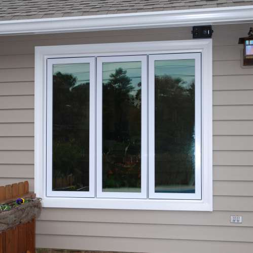 Vinyl window installation in chicago new and replacement for Installing casement windows